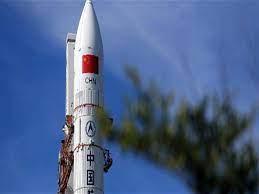 الصين تطلق مركبة فضاء مأهولة لاستكمال إنشاء محطتها الفضائية