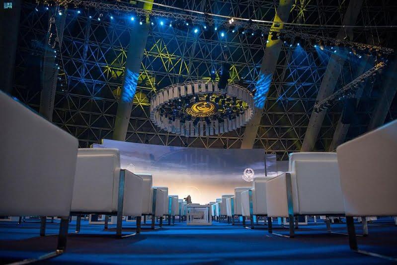 معرض مشروعات منطقة مكة المكرمة يقدم أكثر من 100 مشروع بتقنية رقمية داخل أكبر قبة في العالم