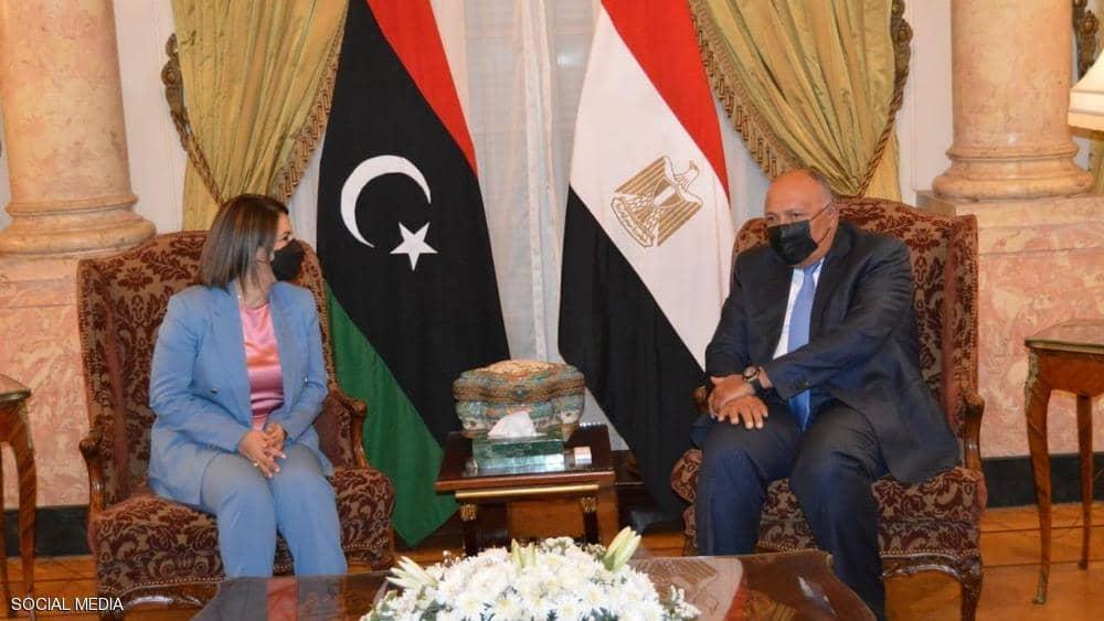 وزيرا خارجية مصر وليبيا يتفقان على ضرورة إخراج المرتزقة
