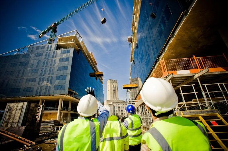 تفاصيل التأمين الإلزامي على المباني السكنية والتجارية