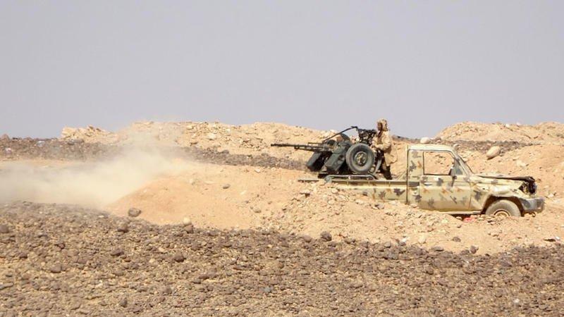 مقتل 13 حوثياً وأسر آخرين في كمين للجيش اليمني