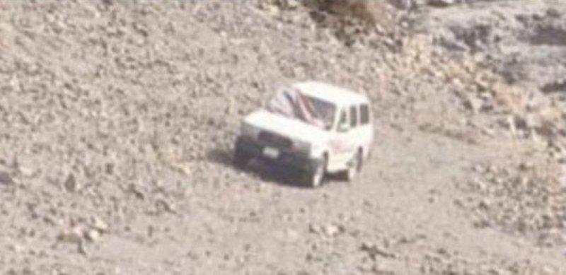 العثور على مفقود مـتوفَّى جانب سيارته بجبال أم عثيم
