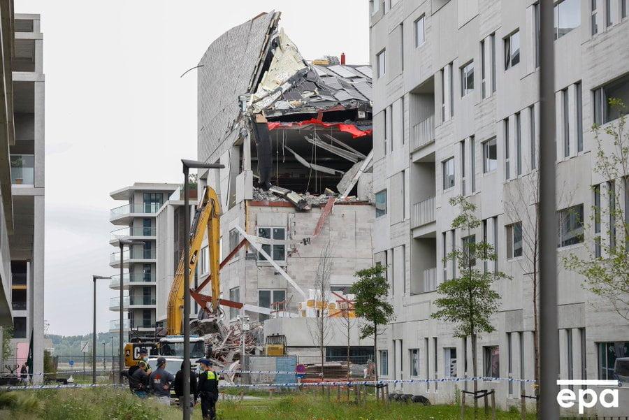مصرع 5 أشخاص إثر انهيار مدرسة في بلجيكا