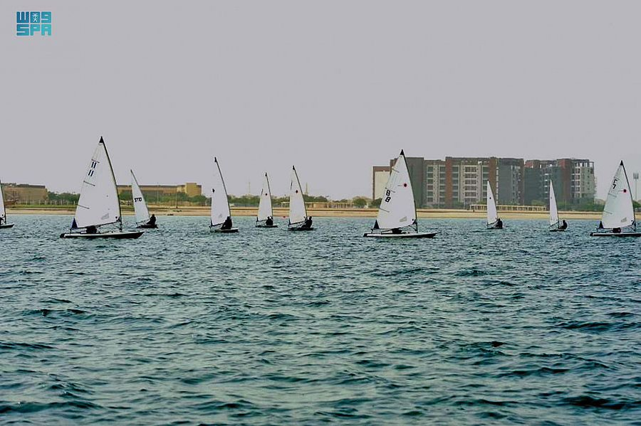 اختتام بطولة القوارب الشراعية المفتوحة بالجبيل