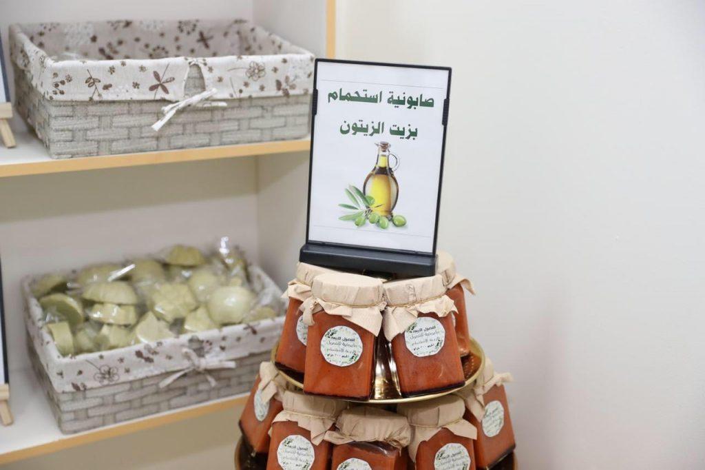 منتجات الزيتون بالجوف.. من سفر المائدة إلى عالم التجميل بمهرجان الزيتون الدولي