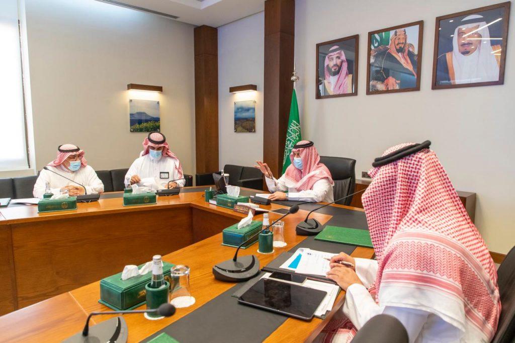 أمير حائل يرأس الاجتماع الثاني للجهات ذات العلاقة بالسياحة في المنطقة