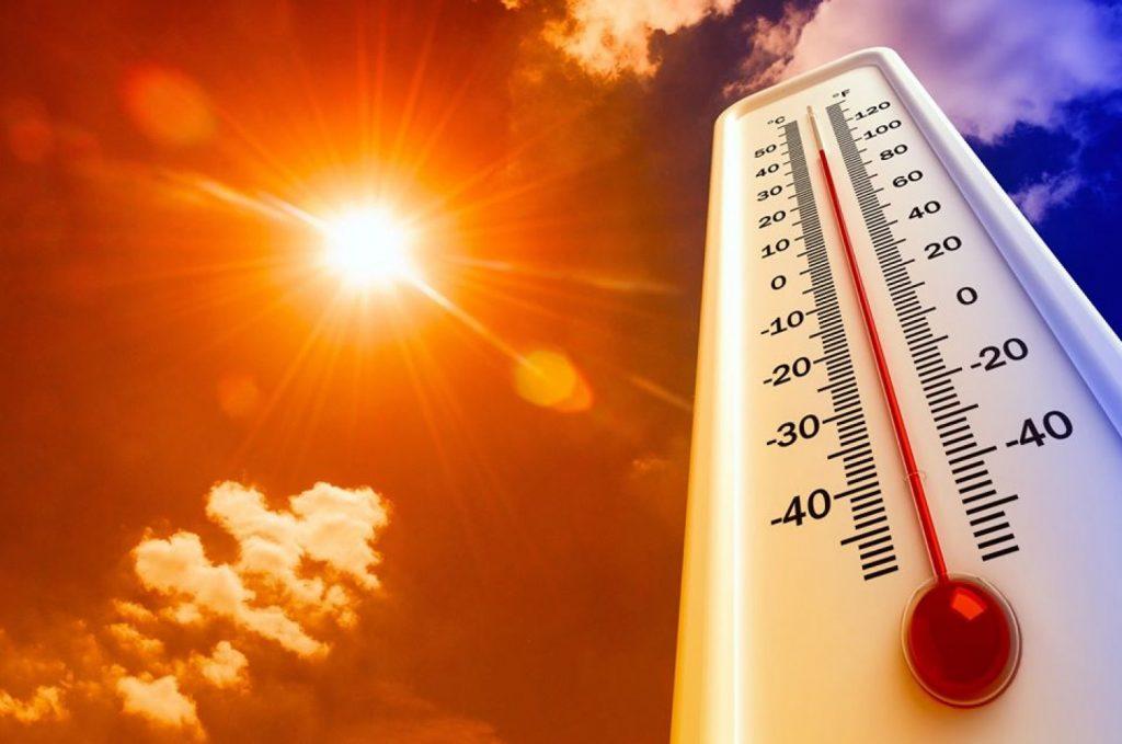 توقعات طقس الغد.. أجواء شديدة الحرارة ورياح نشطة على 5 مناطق