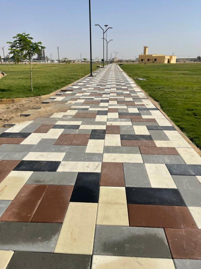 بلدية بيشة تنهي رصف وإنشاء ممرات بطول ٢٠ كيلومتراً