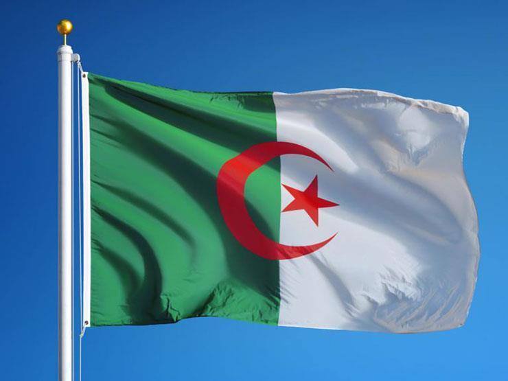 الجزائر تسجل 1544 إصابة جديدة بفيروس كورونا