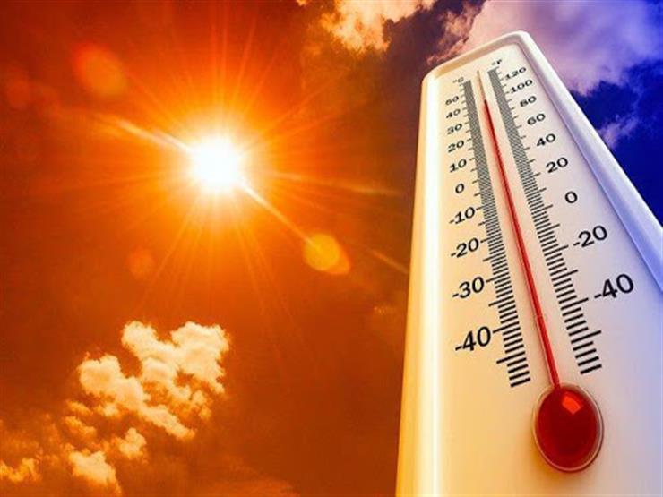 طقس شديد الحرارة على شرق ووسط المملكة.. وأمطار وبرد على  مناطق نجران، جازان، عسير وأجزاء من الربع الخالي.