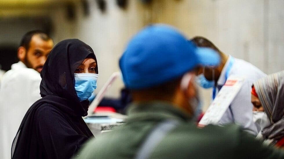 الكويت تسجل 733 إصابة جديدة بكورونا وشفاء 1236 حالة