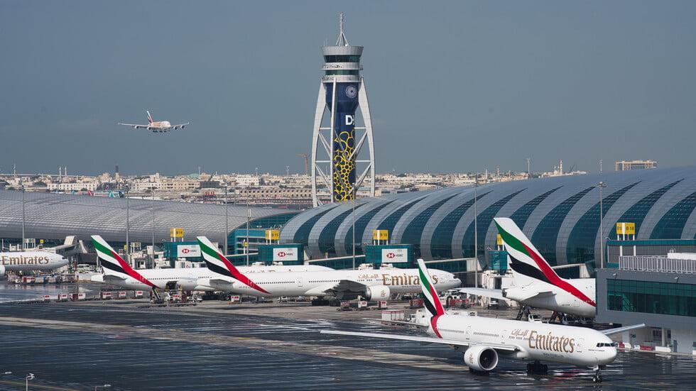 تصادم طائرتين بمطار دبي الرئيسي ولا إصابات