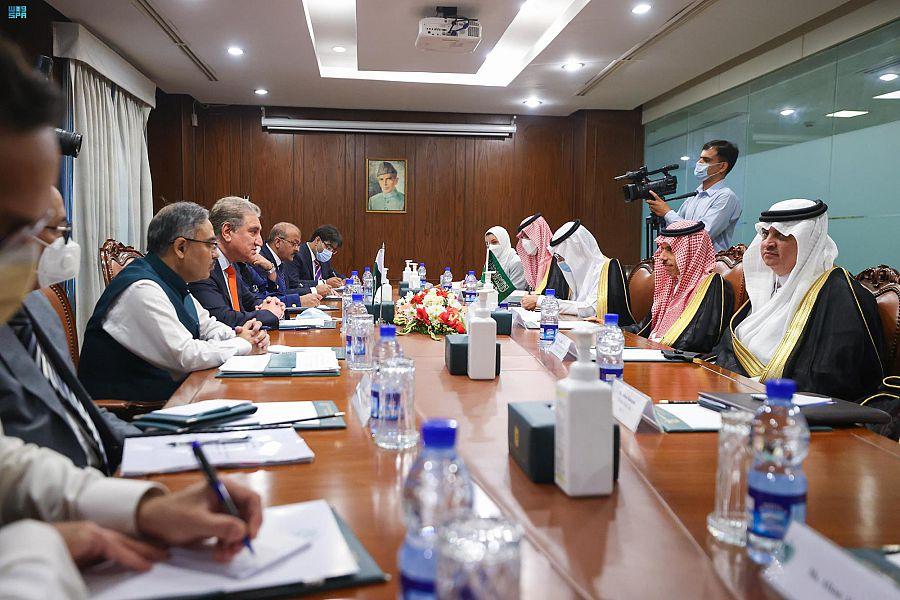 وزير الخارجية يلتقي وزير خارجية باكستان ويعقدان جلسة مباحثات رسمية