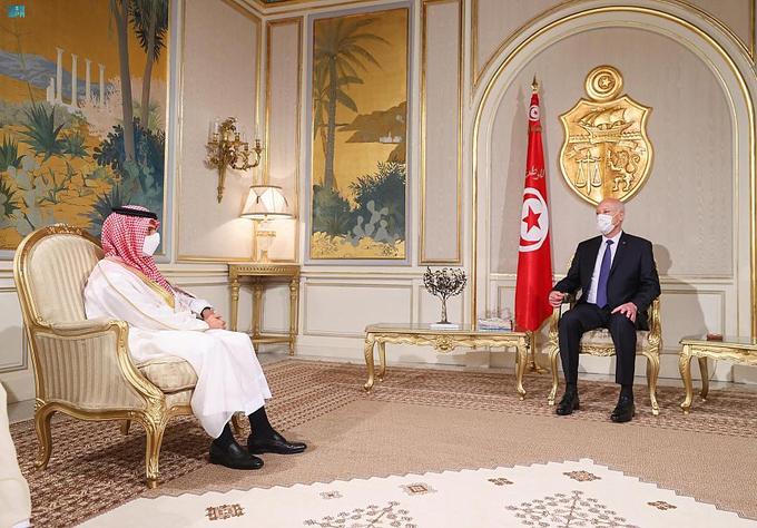 رئيس تونس يستقبل وزير الخارجية  ويثمن وقوف المملكة الدائم مع بلاده