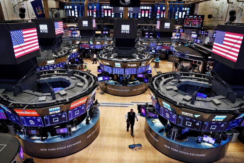 """""""الأسهم الأمريكية تغلق مرتفعة"""