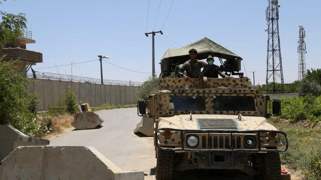 أفغانستان.. 131 قتيلا من طالبان بهجمات في عدة أقاليم