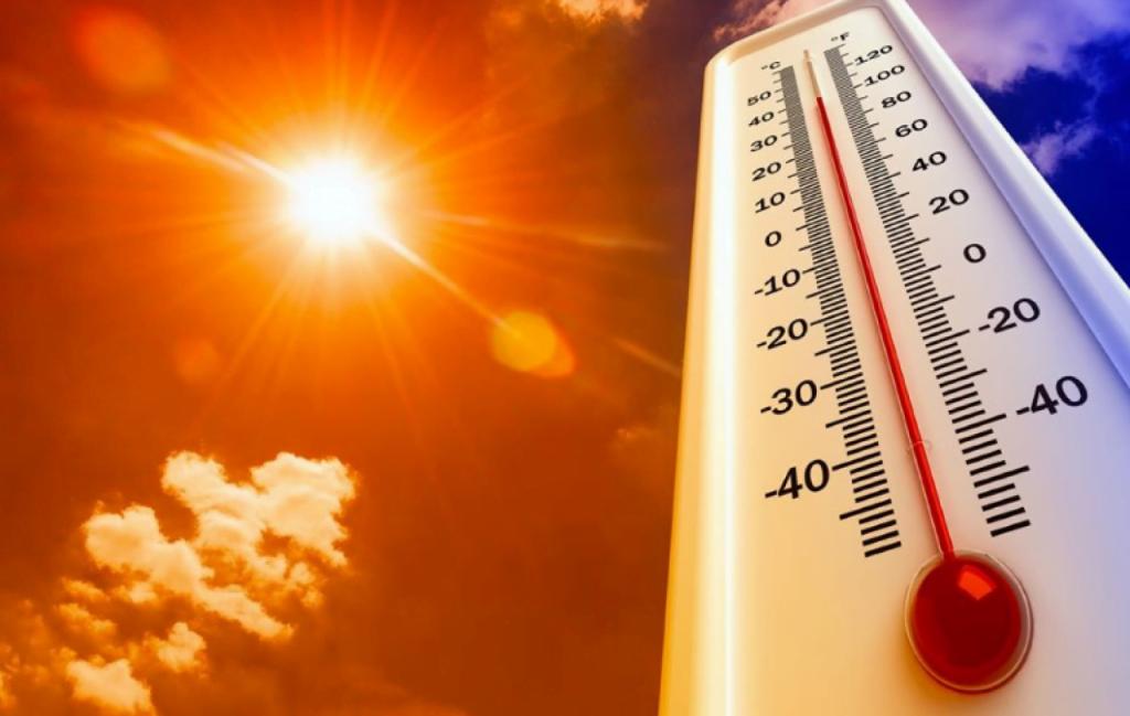 توقعات طقس الغد.. أجواء شديدة الحرارة وأمطار رعدية وبرد وسيول بعدة مناطق