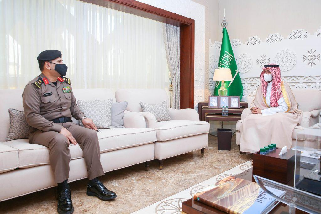 نائب أمير الشرقية يستقبل مدير شرطة المنطقة ويشيد بجهود رجال الأمن