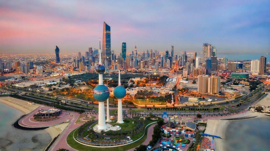 الكويت تشهد عودة العمل الرسمي في الجهات الحكومية منتصف أغسطس الجاري