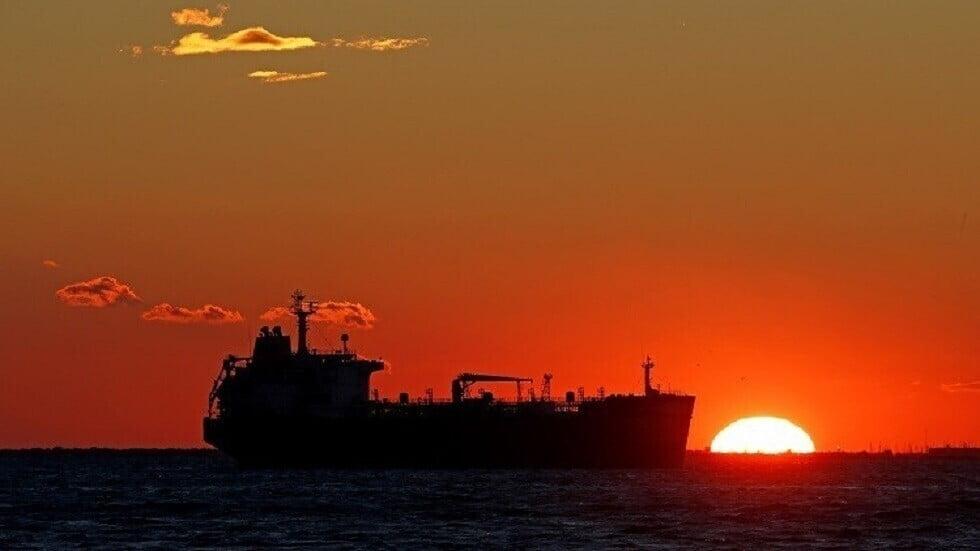 """البحرية البريطانية تعلن انتهاء واقعة اختطاف الناقلة """"أسفالت برينسيس"""" وتؤكد أنها بأمان"""