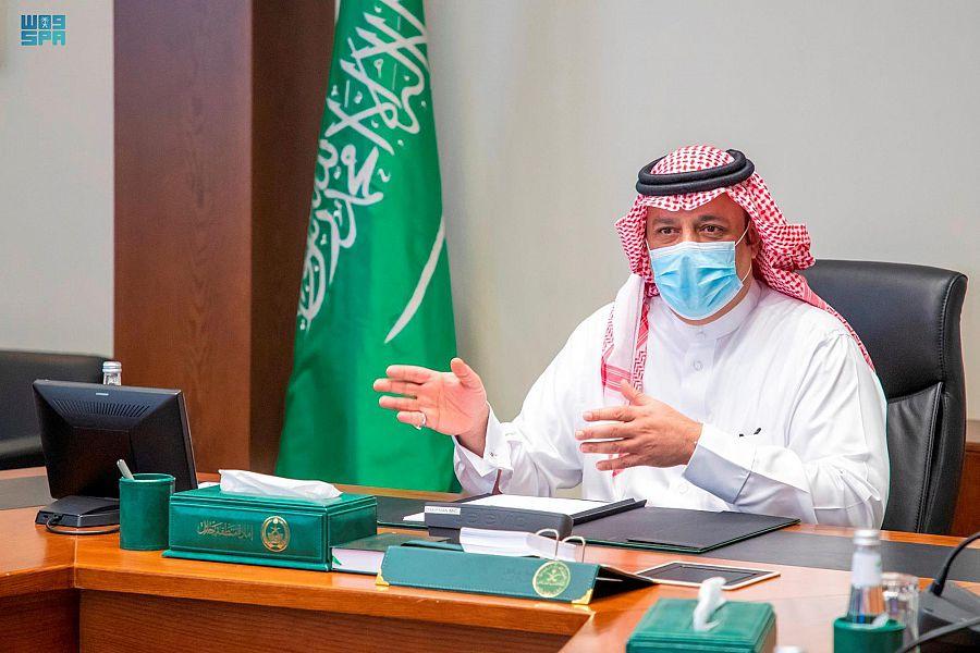 أمير حائل يطلع على خطة أمانة المنطقة لمعالجة التشوه البصري خلال 90 يوماً