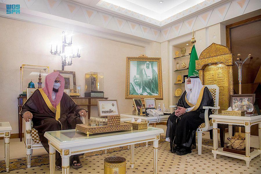 أمير القصيم يستقبل رئيس المحكمة العامة المساعد المكلف ببريدة