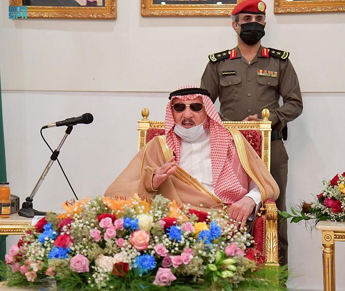 أمير منطقة جازان يلتقي بمشايخ و أهالي فرسان