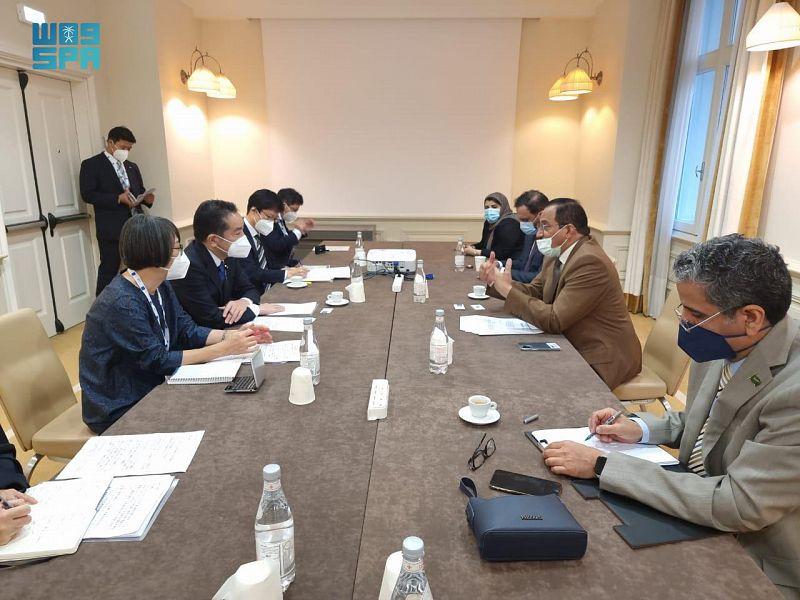 وزير التعليم ووزير الدولة الياباني يبحثان سبل تعزيز الأبحاث المشتركة بين جامعات البلدين