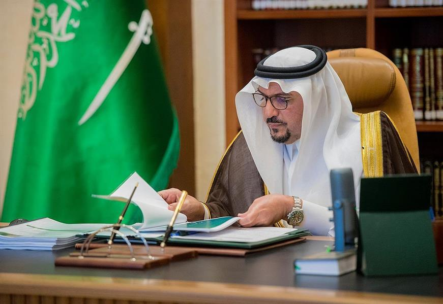 الأمير فيصل بن مشعل يوقف 5 فعاليات مخالفة لتدابير كورونا