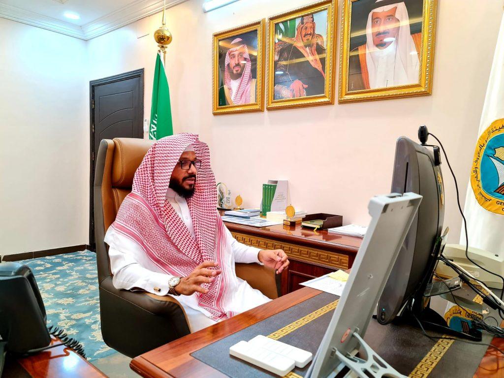 """مدير عام """"الأمر بالمعروف"""" بمنطقة الباحة يناقش استعدادات العمل في اليوم الوطني"""