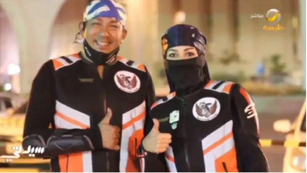 زوجان يغامران بالسفر عبر الدراجات النارية.. رشا و عبدالعزيز يرويان قصتهم (فيديو)