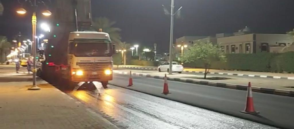"""""""بلدية بقيق"""" تكثف أعمال الصيانة الشاملة ضمن خطة تحسين المشهد الحضري"""