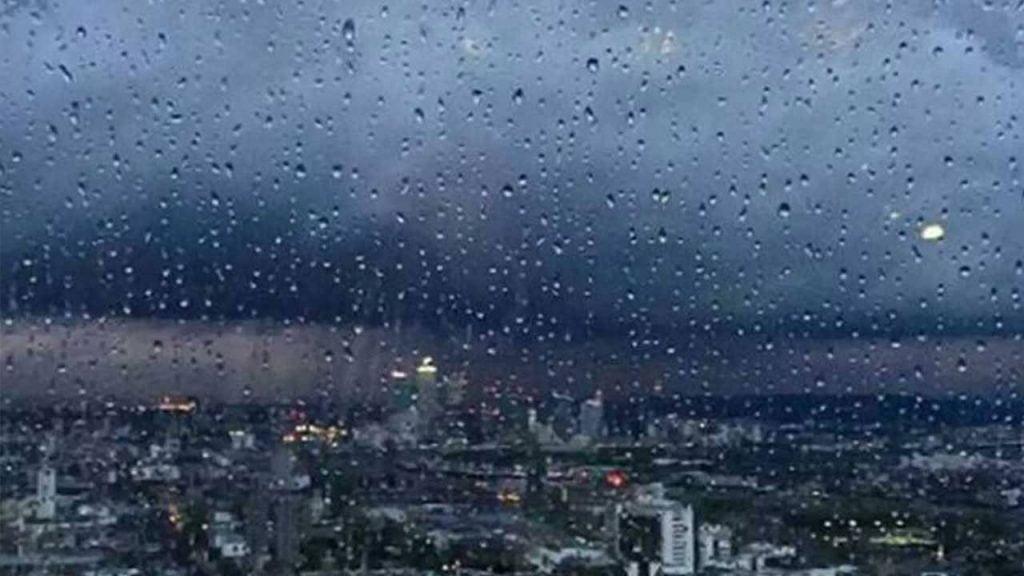 الأرصاد: أمطار غزيرة على منطقة عسير