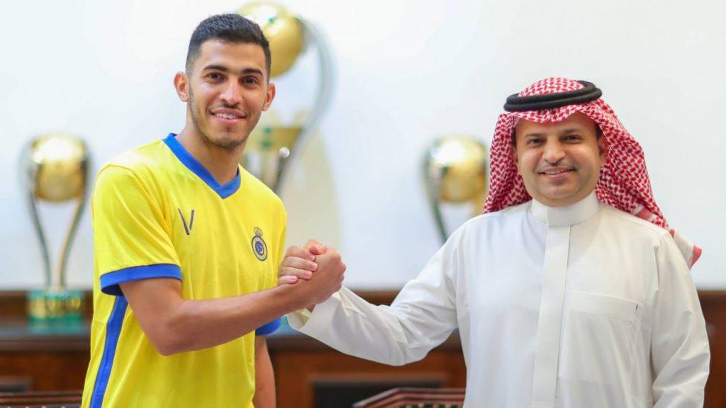أول تعليق من رئيس نادي النصر على تمديد عقد سلطان الغنام