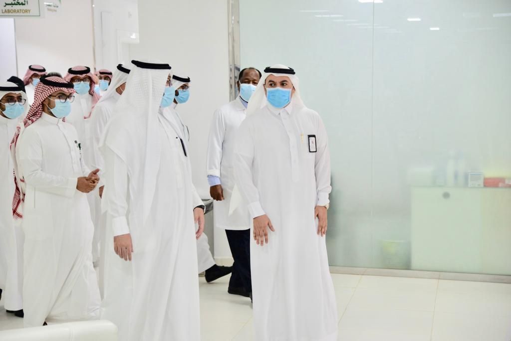 مدير صحة الجوف ينفذ برنامجاً ميدانياً لتقييم وتطوير مستشفيات المنطقة