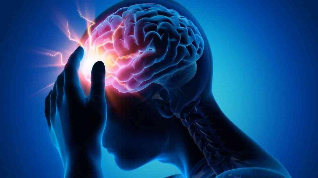 عادتان تزيدان من خطر الإصابة بالسكتة الدماغية