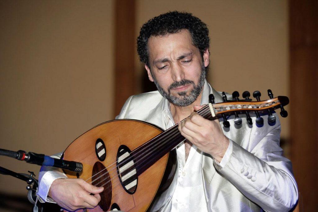 """نصير شمة: توقيع كتابي """"الأسلوبية موسيقيا"""" ٧ أكتوبر في معرض الرياض (فيديو)"""